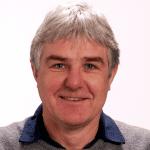 Ian Glenday, yalın koç ve yazar
